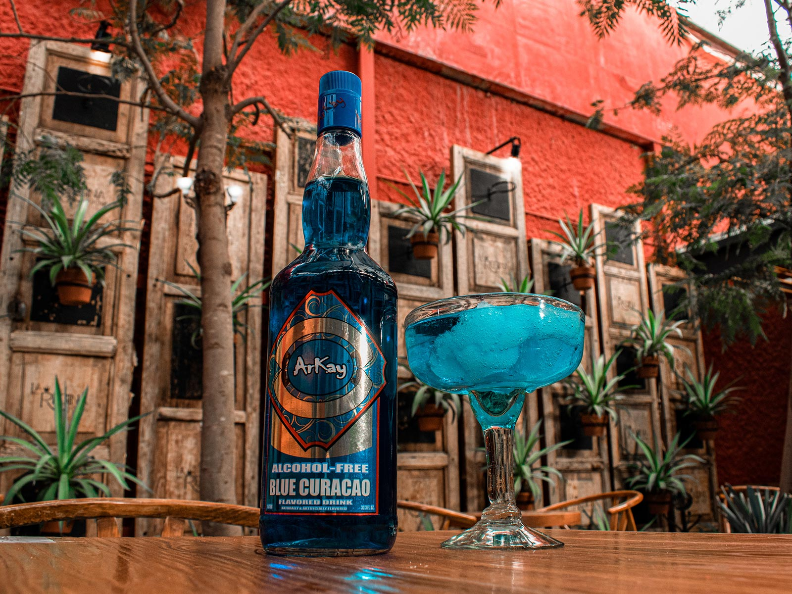 alcohol-free cocktail arkay blue curacao